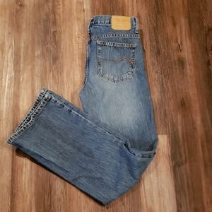 AMERICAN EAGLE OUTFITTERS BOOTCUT JEANS. SZ 6 REG